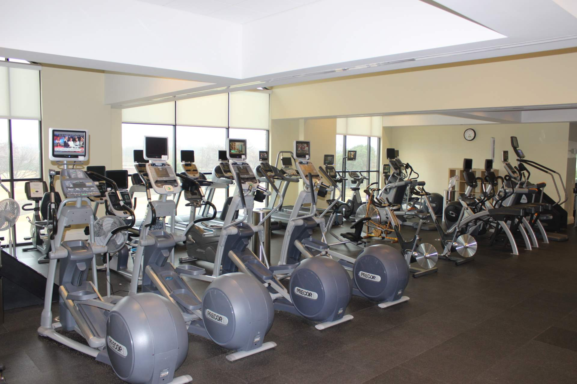 royal oaks country club dallas tx fitness center